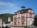 Coloured stone building at Bullay along the Mosel river - panoramio.jpg