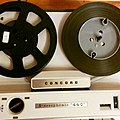 Concord Stereophonic 440 tape recorder - playing pancake tape (16699350318).jpg