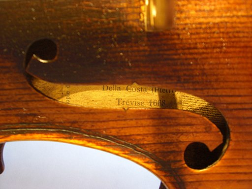 Copy violin label