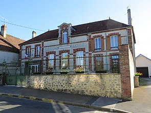 Courgivaux - Mairie.jpg