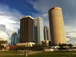 Curtis Hixon Waterfront Park - A view of Tampa's downtown skyline looking southeast across Curtis Hixon Waterfront Park