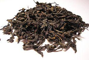 Da Hong Pao - Image: Da Hong Pao Oolong tea leaf