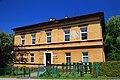Dawna plebania, obecnie przedszkole w Ustroniu-Lipowcu 2.JPG