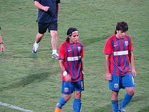 Juan Toja - Juan Toja (right) alongside team-mate and fellow countryman Dayro Moreno during half-time in a match between Steaua Bucureşti and Pandurii.