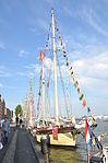 De MAYBE voor de wal bij Sail Amsterdam 2015 (01).JPG