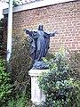 De breuckplein heilig hartbeeld - 40434 - onroerenderfgoed.jpg