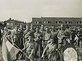 De groep van de R.W.V. De Jonge Leeuw uit Rotterdam onder leiding van A. Fluit o – F40863 – KNBLO.jpg