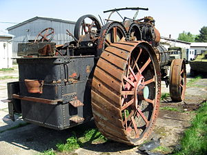 Grouser - Steam traction engine, with straked wheels, constructed of riveted steel