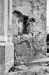 detail noordelijke triomfboog penant gezien uit het westen met resten van een voormalig kijkgat - grave - 20083946 - rce