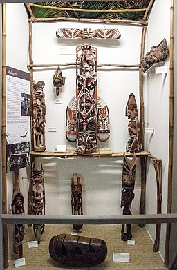 Display of Malagan objects from Northern New Ireland, Otago Museum, 2016-01-29