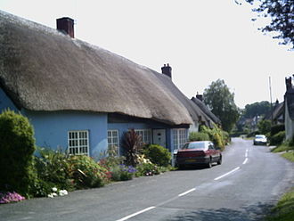 Briantspuddle - Briantspuddle village in Dorset