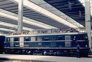 DRG Class E 19 - Image: E19 12 in München (1967)