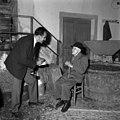 Edi Šelhaus intervjuva najstarejšega Slovenca 106-letnega Jožeta – Bepa Jusiča 1961.jpg