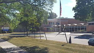 Edsel Ford High School - Image: Edsel Ford High School, Deaborn, Michigan