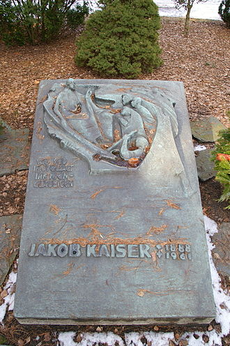 Jakob Kaiser - Kaiser's grave in the Waldfriedhof Zehlendorf