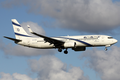 El Al Boeing 737-800 4X-EKC AMS 2012-10-7.png