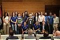 El Movistar Estudiantes de Baloncesto Femenino celebra su ascenso a primera con la alcaldesa (01).jpg