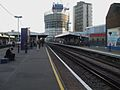 Elephant & Castle mainline stn Thameslink platforms look south2.JPG