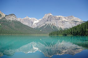 Emerald Lake - Yoho National Park.JPG