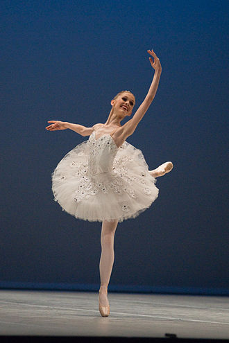 The Sleeping Beauty, ballet Emily Smith Emily Smith - La Belle, Aurore - Prix de Lausanne 2010-3.jpg