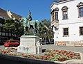 Equestrian statue of Andrew Hadik. Памятник фельдмаршалу Андрашу Хадику. - panoramio.jpg