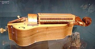 Museum of Portuguese Music (Estoril) - A hurdy-gurdy