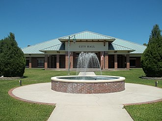Fruitland Park, Florida - Image: FL Fruitland Park city hall 02