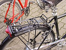Photo d'un porte-bagages de vélo