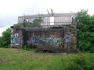 Westburn Viaduct - Fencing blocking off the bridge from the south bank (before the most recent effective fortifications were added)