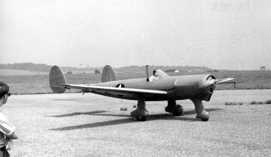 Fleetwings YPQ-12A taxying