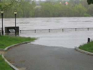 New England Flood of May 2006 - The Merrimack River during flooding in May 2006 in Haverhill, Massachusetts