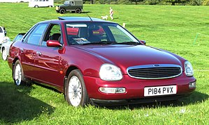 Ford Scorpio MK II 2.3 registered May 1997.jpg
