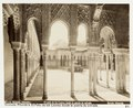 Fotografi av Granada. Alhambra, El Patio de los Leones deste la puerta de entrada - Hallwylska museet - 104833.tif