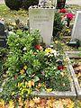 Friedhof der Dorotheenstädt. und Friedrichwerderschen Gemeinden Dorotheenstädtischer Friedhof Okt.2016 - 10 4.jpg