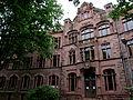 Friedrich-Gymnasium Freiburg (im Breisgau) Vorderfront (Nordseite) 02.jpg