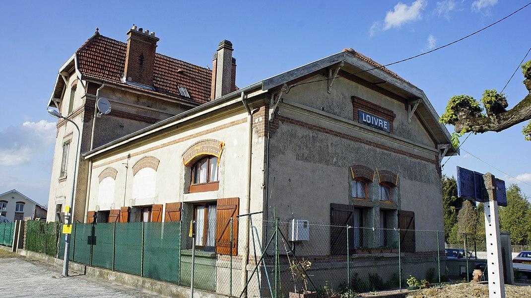 Vue de la gare à Loivre .