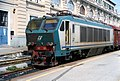 Genova - stazione ferroviaria Piazza Principe - locomotiva prototipo E.402.003 - 19-05-2002.jpg