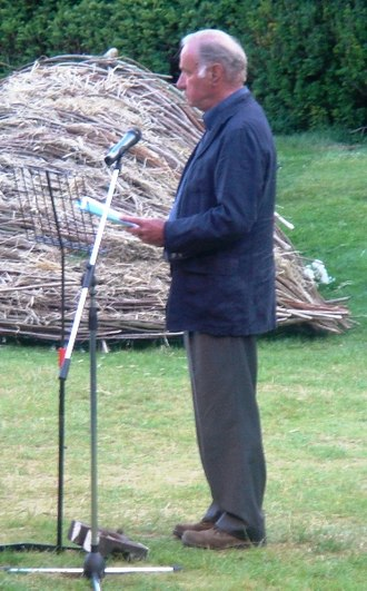 Geoffrey Palmer (actor) - Palmer performing at A Breath of Fresh Air, June 2008