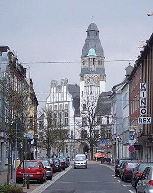 Blick auf das historische Rathaus von der Rentforter Straße aus