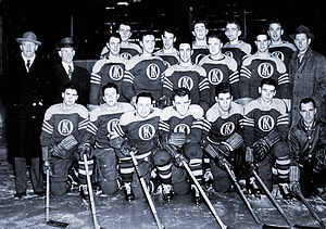 Gordie Howe - Gordie Howe (2nd from left, back row) on the 1945–46 Omaha Knights (USHL)