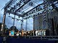 Gospelkören - Göteborgs största gospelkör - uppträder på stora scenen, Götaplatsen den 13 aug 2006.JPG