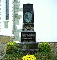 Grabmal von Felix Hoppe-Seyler (cemetery at Church of St. George in Wasserburg am Bodensee) 1.jpg