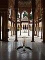 Granada, Alhambra, Patio de los Leones (01).jpg