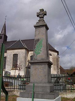 Guisy monument aux morts.jpg