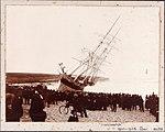 HEREWARD wrecked on Maroubra Beach (7799995562).jpg