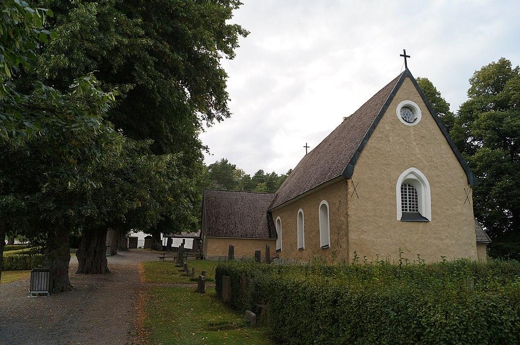 Hammarby kyrka 2015 10.JPG