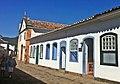 Haus mit blauen Fenstern - panoramio.jpg