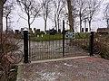 Hek begraafplaats Pieterburen.jpg