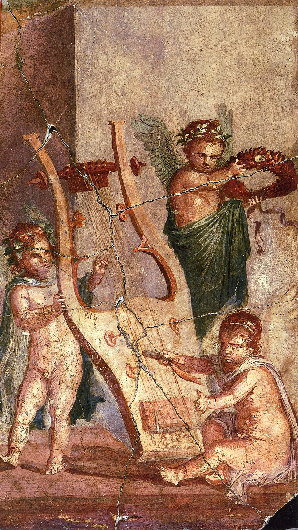 Herculaneum - Lyre and Cupids
