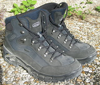 Hiking boot sturdy lace-up ankle boot for outdoor wear
